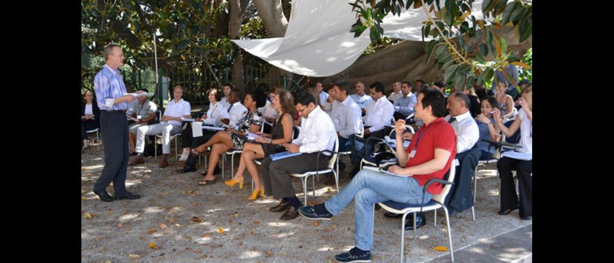 Outdoor lecture. Speaker: Ryszard Piotrowicz