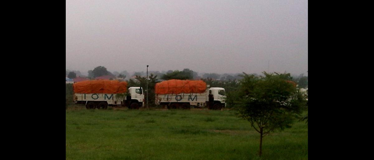 An IOM convoy of 17 trucks transported emergency humanitarian items to communities displaced by the conflict in Abyei. Cargo included NFI kits, plastic sheeting, emergency shelter materials, food, and some medicines. © IOM 2011