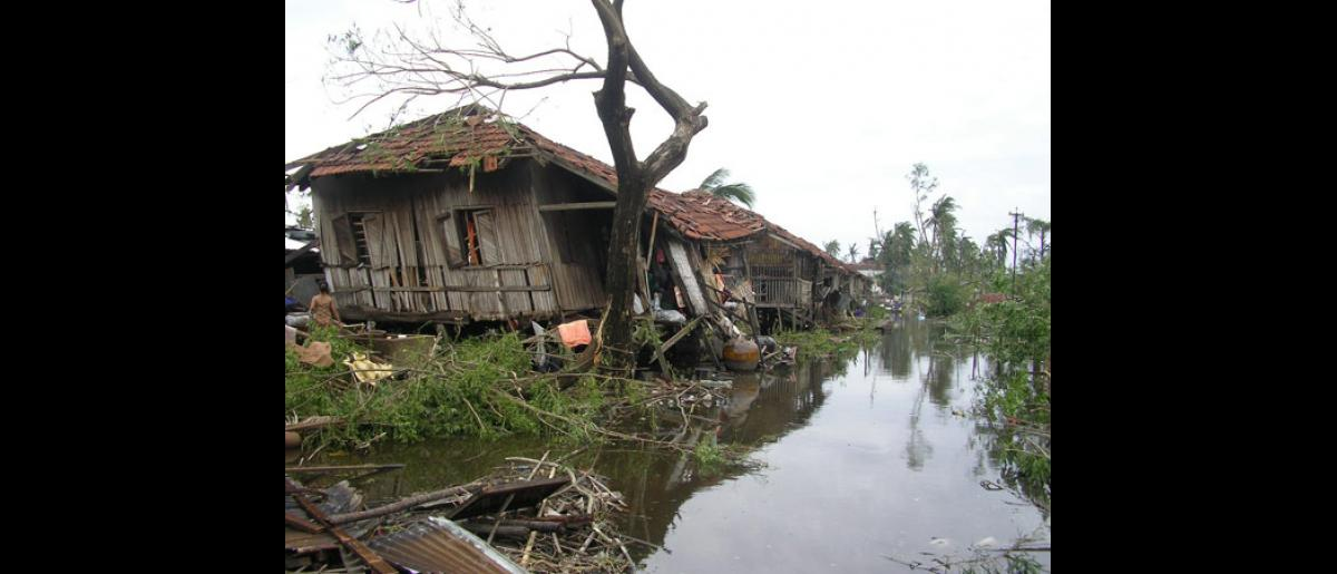 Water is only receding slowly and new rainfall is forecast for the next days. With no access to safe drinking water, many survivors are forced to drink from murky, brown water that carries the corpses of livestock and former neighbours. © International Federation of Red Cross and Red Crescent Societies